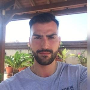 Vapouround Reader, Alex Pourian - former smoker